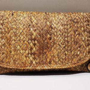 Monedero artesanal venezolano - Tipo sobre de color dorado confeccionado por margariteños en nuestra hermosa venezuela - Artinsa