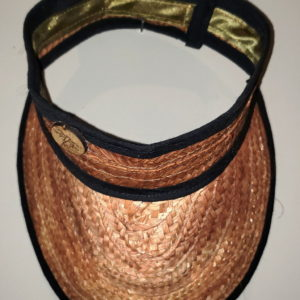 Visera artesanal de Venezuela hecha en mapire o cogollo, piezas de artesanía venezolana tropical en diseño oscuro, accesorio ideal para días de playa